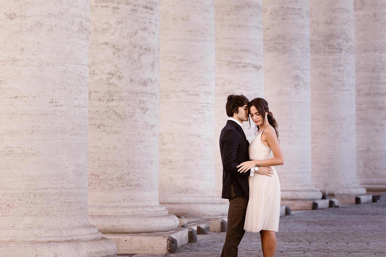 gs weddingphotographer rome 05 1 - Giulia & Simone - Elegant Couple Shooting in Rome