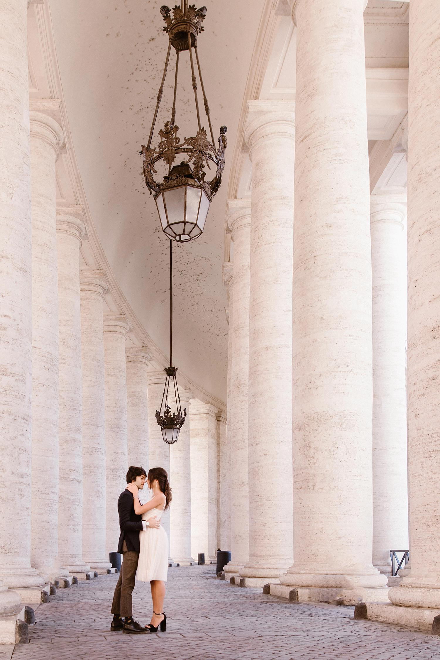gs weddingphotographer rome 06 - Giulia & Simone - Elegant Couple Shooting in Rome